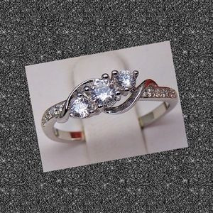 Jewelry - 925 Silver Band with AAA Cubic Zirconium